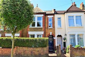 Sellincourt Road, Tooting Broadway, London, SW17 9SB